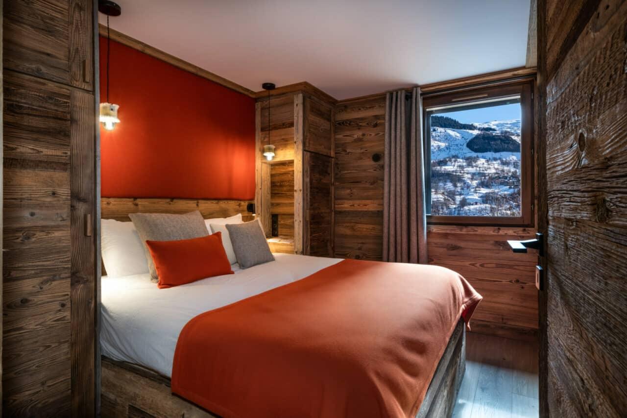 chalet - chambre vieux bois